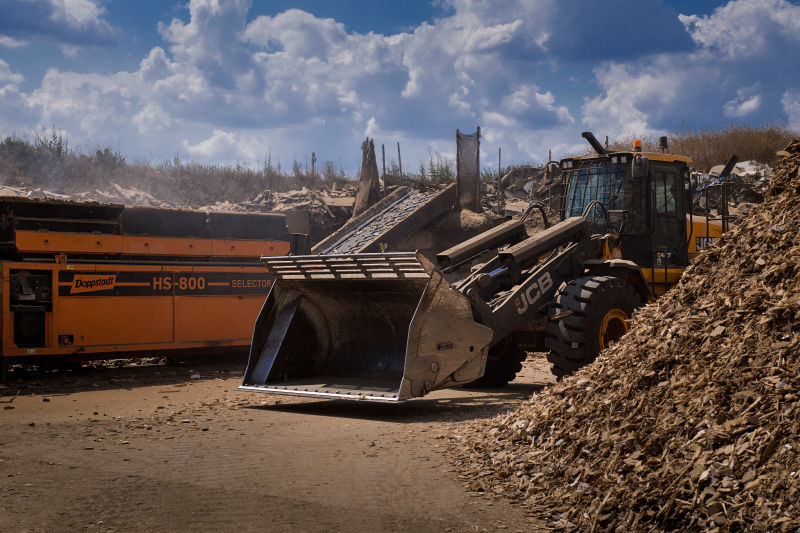 Wood Shredding by Growing Beds Recycling Services